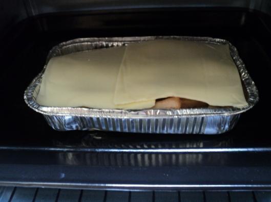 Siap untuk di-bake sampai kejunya melted
