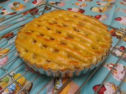 wohooo ! my first home made apple pie :-9